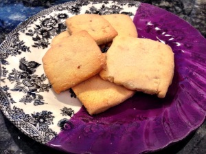 Shortbread Cookies with Almonds and Cardamom