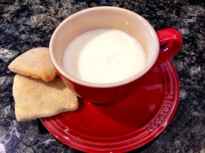 Shortbread Cookies with Milk
